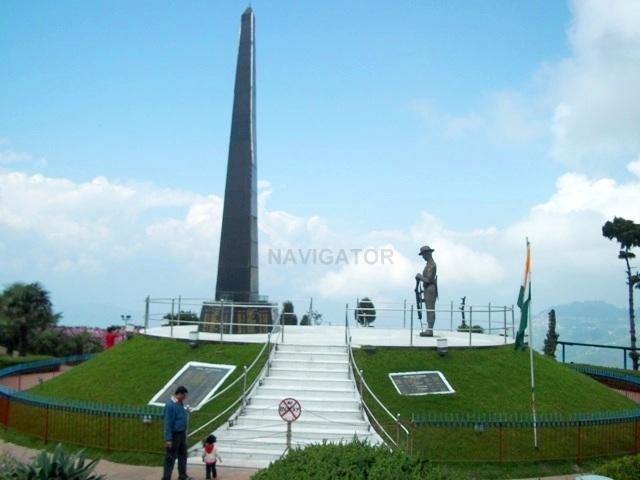 War Memorial at Batasia Loop